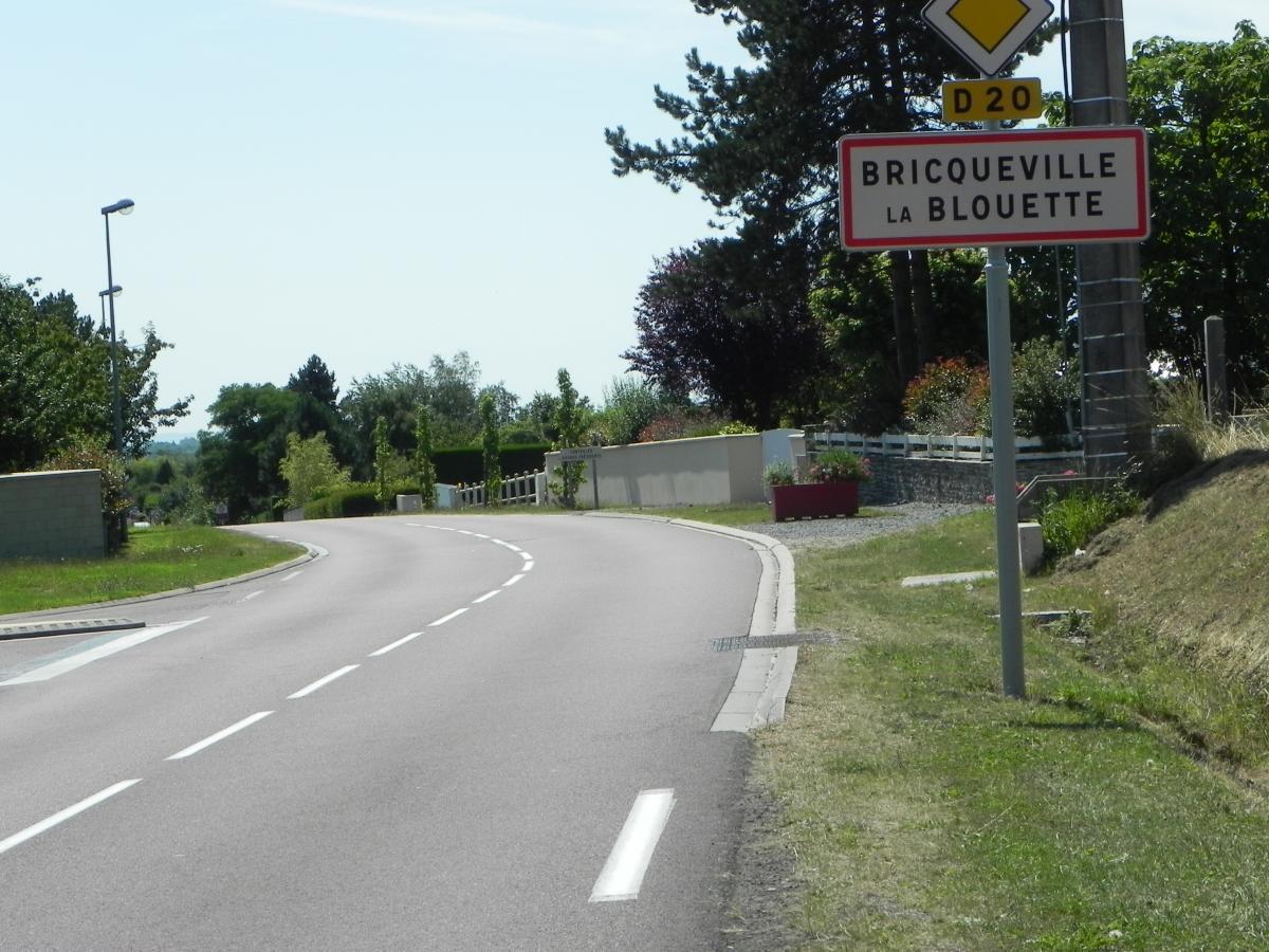 Entrée de Bricqueville